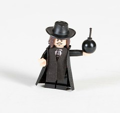 Guy Fawkes (Hammerstein NWC) Tags: guy lego fig mini v revolution british minifig vforvendetta custom bomb fawkes november5th tlc minifigure tlg crazyarms mmcb capemadness custombricks