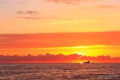 Tramonto di Fuoco (Facciamo2Scatti) Tags: tramonto nuvole mare cielo acqua rosso azzurro fuoco fiumicino lazio onde facciamo2scatti alessiobrinati