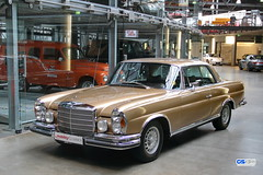 1961 - 1971 Mercedes-Benz W 111 Coup (Georg Sander) Tags: pictures auto old wallpaper classic cars car bronze gold mercedes benz photo 1971 automobile foto image photos mark alt w picture mobil images fotos mercedesbenz type vehicle oldtimer series 111 autos bild coupe generation serie mk bilder coup 1961 liter litre typ automobil w111