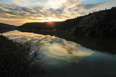 IMG_3940 Magical evening (jaro-es) Tags: light sea españa luz sol nature clouds canon landscape evening abend licht spain natur natura nubes landschaft sonne spanien naturesfinest landsee spanelsko naturewatcher eos70d naturemaster
