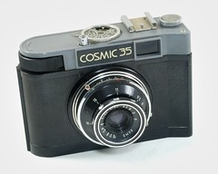 Gomz, Cosmic 35, (URSS, <1967 - 1971) (Cletus Awreetus) Tags: appareilphotographique camera gomz cosmic35 objectif lens lomo t43 vintage compact format135
