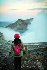 Ijen Crater5-8913crw (Luciana Adriyanto) Tags: travel indonesia landscape eastjava ijencrater kawahijen banyuwangi bondowoso v1olet lucianaadriyanto