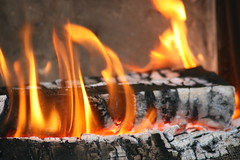 Cozy Fire (bigbrowneyez) Tags: wood hot fire cozy fireplace crackling warm camino flames burning ashes myhome fuoco caldo fiamme sizzling burninglogs muchcalido