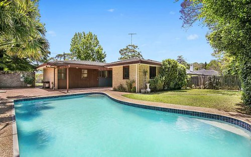84 Woodbury Rd, St Ives NSW 2075