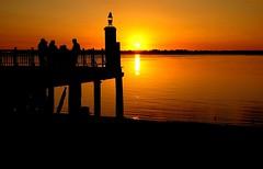 Orilla (Rouge Gaston Argentina) Tags: costa argentina rio atardecer foto pueblo paisaje parana entrerios fotografo fotografa villaurquiza gastonrouge