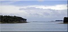 Sortie du Golfe du Morbihan (breizhphotographer) Tags: blue sea panorama en mer seascape france mar seaside brittany meer mare ile bretagne paisaje paisagem breizh bleu maritime belle pointe paysage morbihan 56 paesaggio baie quiberon golfe longue locmariaquer golfedumorbihan kerpenhir houat meaban radenec grgan