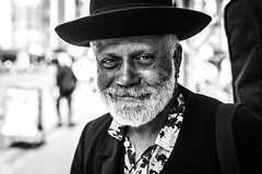 "#11 ""What the hell are you doing on this planet?"" (Hendrik Lohmann) Tags: street portrait people nikon df streetphotography streetportrait menschen dsseldorf gesichter strase strassenfotografie strasenportait"