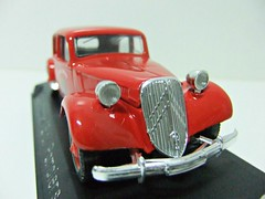 "CITRON 15 CV ""POMPIERS"" - SOLIDO (RMJ68) Tags: citroen traction avant 15 cv solido age dor diecast coches cars pompiers fire bomberos juguete toy 143"