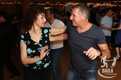 "Danser-Salsa-Laval-BailaProductions0 <a style=""margin-left:10px; font-size:0.8em;"" href=""http://www.flickr.com/photos/36621999@N03/27841907555/"" target=""_blank"">@flickr</a>"
