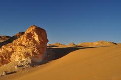 White Desert (nacho_trin) Tags: white blanco sahara desert egypt desierto egipto