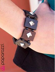 45th Avenue Black Bracelet K1 P9110A-4