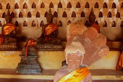 Vats, der Triumpfbogen von Vientiane & eine Lao-Massage.