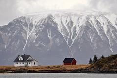 Paisaje noruego. (Victoria.....a secas.) Tags: snow cold norway landscape nieve paisaje noruega frío besos todobien sehaceraro3díassintusfotos