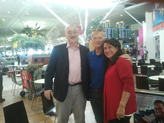 br ned gerber - jim & georgette forney - at the Brisbane Airport getting ready to fly to Auckland.