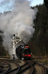 NYMR Santa Special - LMS 44806 - 2014-12-06 (BillyGoat75) Tags: locomotive steamengine northyorkshire lms levisham nymr northyorkshiremoorsrailway santaspecials black5 levishamstation heritagerailway 44806
