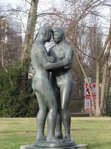 1965 Potsdam Harmonie von Dietrich Rohde Bronze Freundschaftsinsel Lange Brücke in 14467