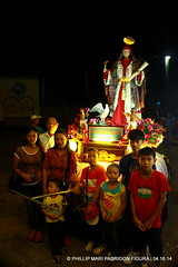 FRIENDS (phimphim09171) Tags: wood sanjuan generator bicol semanasanta evangelista goldleaf apostol holyweek carroza 2014 karosa disipulo