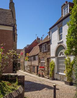 Watchbell Street in Rye, East Sussexd