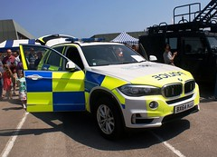 Staffordshire Police BMW X5 ARV (MJ_100) Tags: cops police policecar bmw staffordshire stafford x5 copcar armedpolice emergencyservices emergencyvehicle arv armedresponsevehicle