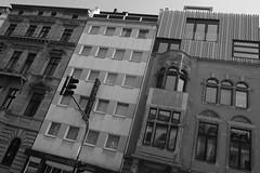old + new + (new + old) = Cologne (marc.fray) Tags: street architecture germany deutschland strasse cologne kln ring architektur nrw rue allemagne koeln nordrheinwestfalen faade hansaring neubau neustadt fassaden altbau rhnaniedunordwestphalie neustadtnord