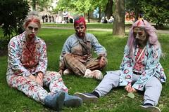 Zombiewalk Helsinki 2016 (Dencku) Tags: people costume blood helsinki mask zombie dressedup helsingfors 2016 blod ihminen veri puku zombiewalk mnniska maskerad naamio utkldd kostym leavingdead naamioitu