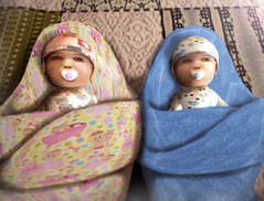 Cheraz et Willan , Jumeaux de Kanell & Willan (willanbarron) Tags: life girls baby beautiful boyz games sl avatars maternity secondlife rp roleplay gor gorean