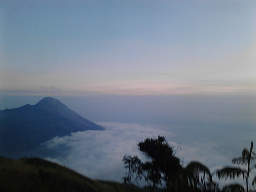 "Pengembaraan Sakuntala ank 26 Merbabu & Merapi 2014 • <a style=""font-size:0.8em;"" href=""http://www.flickr.com/photos/24767572@N00/27163012535/"" target=""_blank"">View on Flickr</a>"