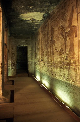 "Ägypten 1999 (107) Im Kleinen Tempel von Abu Simbel • <a style=""font-size:0.8em;"" href=""http://www.flickr.com/photos/69570948@N04/27347647641/"" target=""_blank"">View on Flickr</a>"