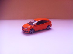 Ford Focus ST (Die Cast Collector 1-64) Tags: chile china new detalle detail ford scale st toys model focus 124 hotwheels 164 customized autos majorette custom welly matchbox 172 143 coleccion diecast tomica maisto escala burago bburago cararama motormax realtoy hongwell zylmex rastar guisval