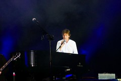 Paul McCartney announces Last Song (NM_Pics) Tags: munich mnchen paul beatles olympicstadium mccartney paulmccartney olympiastadion oneonone
