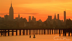 Liberty (Hieroglyphics...) Tags: nyc newyorkcity midtownmanhattan empirestatebuilding sunrise goldenmoment goldenhues goldenreflection reflections waterreflections hudsonriver slowshutter concretejungle newyork newyorkskyline skyline