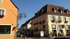 Breisach (micky the pixel) Tags: breisach altstadt gebude building apotheke deutschland germany nasenschild sign hotelpost
