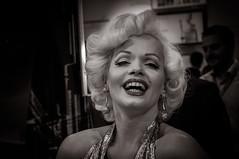 Marilyn Monroe #7985 (Explore) (svenpetersen1965) Tags: marilyn germany munich bavaria electronics monroe tradeshow tradefair digikey memorymonroe claudiakooij electronica2014