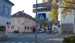 "Der Kreisverkehr, die Kreisverkehre • <a style=""font-size:0.8em;"" href=""http://www.flickr.com/photos/42554185@N00/15795424706/"" target=""_blank"">View on Flickr</a>"