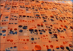 Cube orange (catb -) Tags: orange france building architecture lyon laconfluence