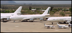 N79718 - Marana Pinal Air Park (MZJ) 19.04.2003 (Jakob_DK) Tags: 2003 az boeing boeing747 747 alitalia b747 marana pinal 747200 pinalairpark mzj kmzj 747243b idemv n79718