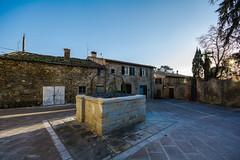 DSC_2470.jpg (saverio.dambrosio) Tags: san case piazza giovanni arezzo pozzo pieve capolona