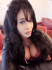 #selfie #selfiequeen during my photoshoot (Sabine Mondestin) Tags: selfiequeen selfie bakuny originalvideoanimation ova ona kyony giant breasts datenschlag domme dominatrixwithoutmercy venusinfurs inanna birchdisciplinarians