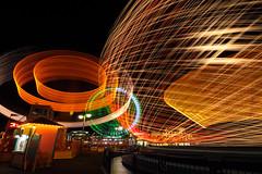 (Fo10n) Tags: yokomaha 横浜 みなとみらい みなとみらい21 夜景 光跡 lighttrail 遊園地 夜 eos80d eos canon キヤノン よこはまコスモワールド