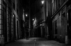 IMG_4956 (::nicolas ferrand simonnot::) Tags: auto street 6 white black paris monochrome vintage lens photography prime photo aperture noir 55mm m42 manual et f5 blanc blured f28 blades | sx japanes 2016 mamiyasekor bordure ƒ18