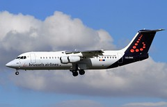 OO-DWK Avro RJ100 Brussels BHX 27-07-16 (cvtperson) Tags: oodwk avro rj100 bae 146 brussels airline birmingham bhx egbb