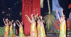 Pendet Dance Bali (I Ketut Wijaya) Tags: bigbog bali