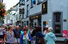 Looe Cornwall (Eddie Crutchley) Tags: europe england cornwall looe outdoor streetview crowds pub