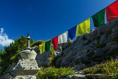 Air himalayen sur les préalpes vaudoises (Switzerland) (christian.rey) Tags: rochersdenaye naye préalpes chorten tibet himalaya suisse vaud drapeau prière sony alpha 77 1650