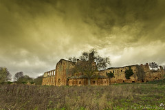 Cister ruinoso. (Paco Fuentes Vicario) Tags: ngc ruina convento monasterio abadía cister gótico moreruela arquitecturagótica granjademoreruela