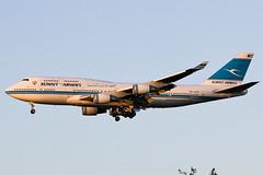 9K-ADE Kuawait Airways B744 at Heathrow EGLL (AeroPics) Tags: heathrow kuwait lhr kuwaitcity boeing747400 egll kuwaitairways b744 kuw 27r londonheathrowairport runway27r 9kade