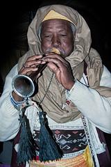 Il pifferaio magico (Roberto Valt) Tags: africa portrait people smile face gente sorriso ritratti ritratto viso tunisie costumi faccia looke volto aspect societ tunisa espressione aspetto xpression
