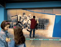 Mendizorroza   Deportivo Alavs (Iker Vega) Tags: streetart graffiti football soccer euskalherria ftbol voetbal calcio araba vitoriagasteiz lava fusball mendizorroza deportivoalavs fillinculture iraultza1921 psychograffs tifoekintza