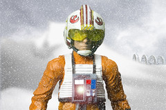 Meeting the wildlife on Hoth (Noworkgeek) Tags: starwars back empire jedi strikes hoth the blackseries