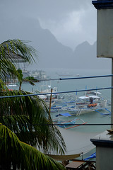 (Valerio Soncini) Tags: sea mist seascape storm rain fog island boat ship nebel philippines ph schiff regen hopping elnido philippinen sturm sooc pilippinen mimaropa